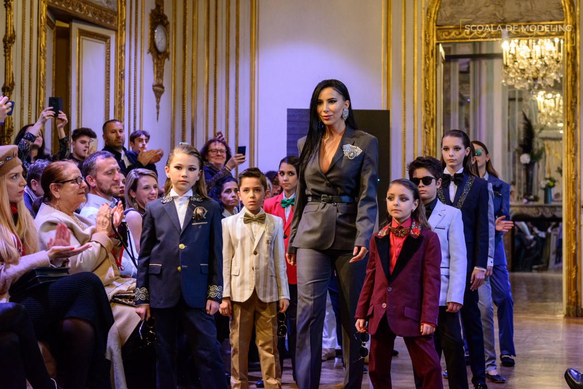Scoala de Modeling Cleopatra Popescu
