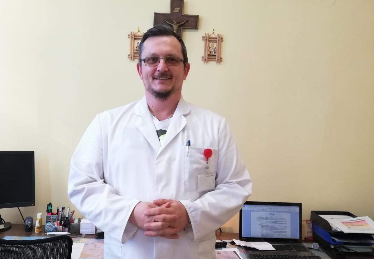 Dr. Rares Stoicescu