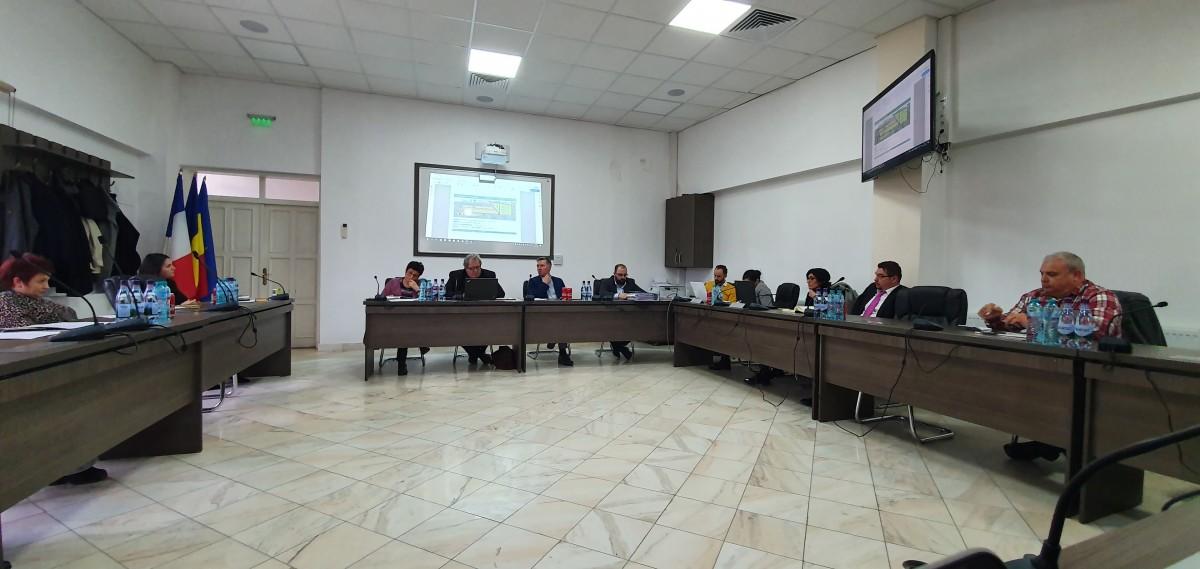 La dezbaterea de la sediul Primăriei din Cisnădie cei mai vocali au fost reprezentanții USR