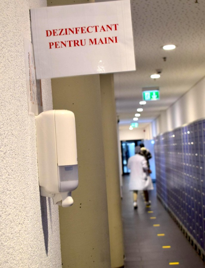 7. Marquardt Dispensere de dezinfectant alcoolic in toate spatiile