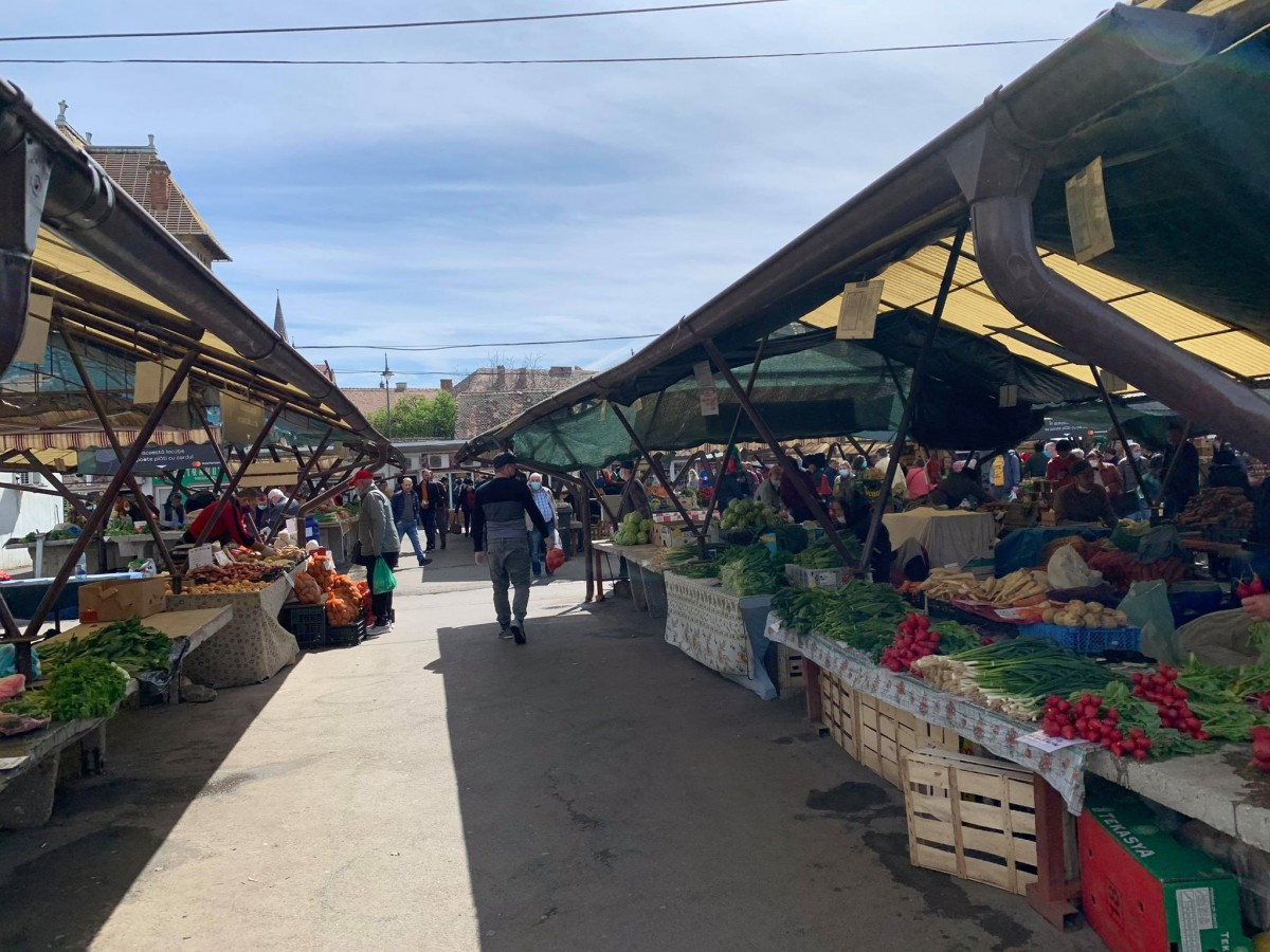 Piața Cibin, vineri, 17 aprilie