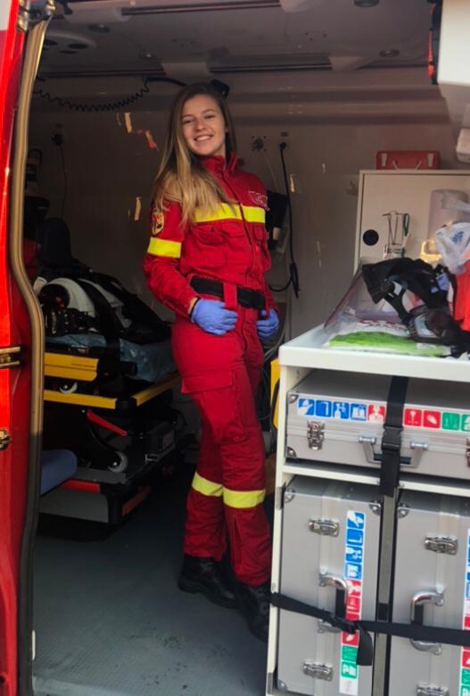 Bianca Bârlea, 22 de ani, voluntar SMURD