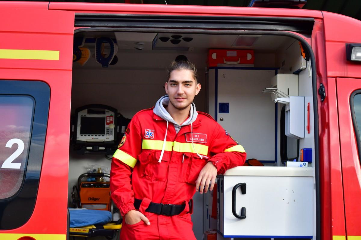 Darius Cică, 23 de ani, voluntar SMURD