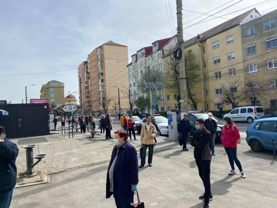 La piața din Vasile Aaron, sibienii respectă regulile