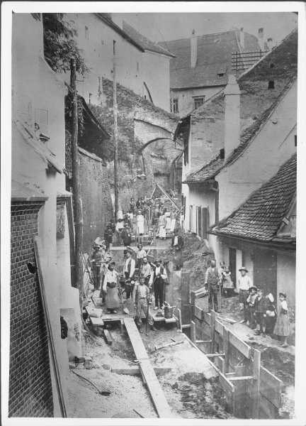 Introducerea canalizarii pe Pasajul scarilor, 1906
