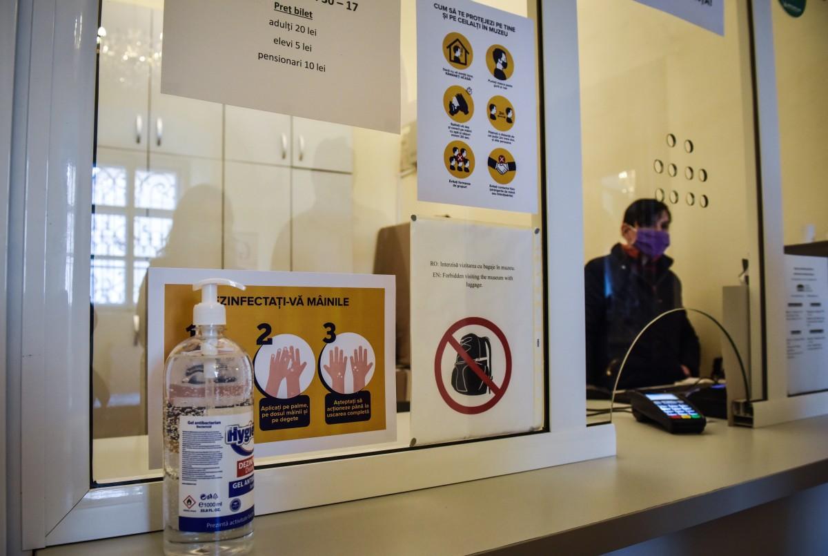 muzeu brukenthal coronavirus (9)