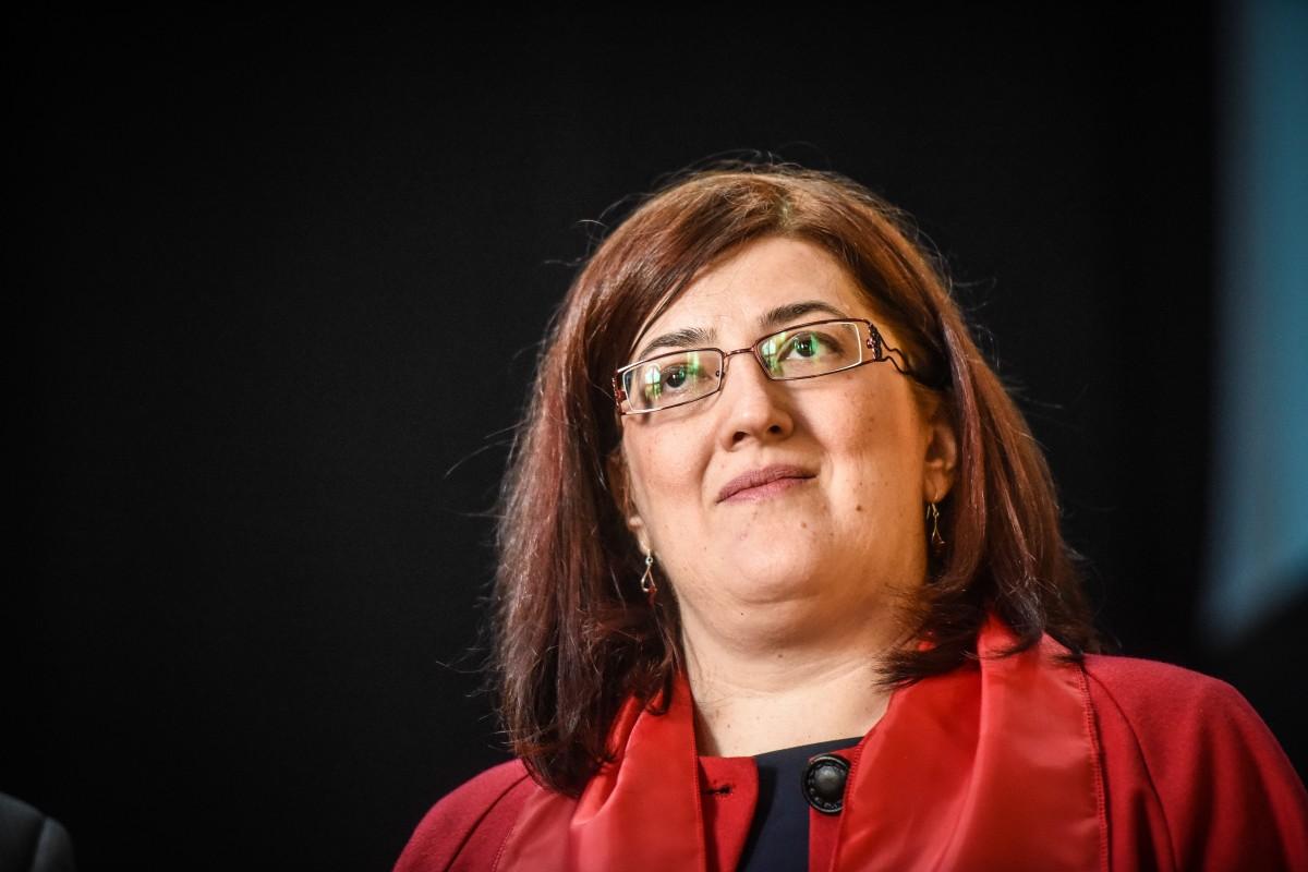 Sibianca Manuela Catrina, cea care a văzut imaginea diavolului la protestele din Piața Victoriei, candidează la șefia ANCOM
