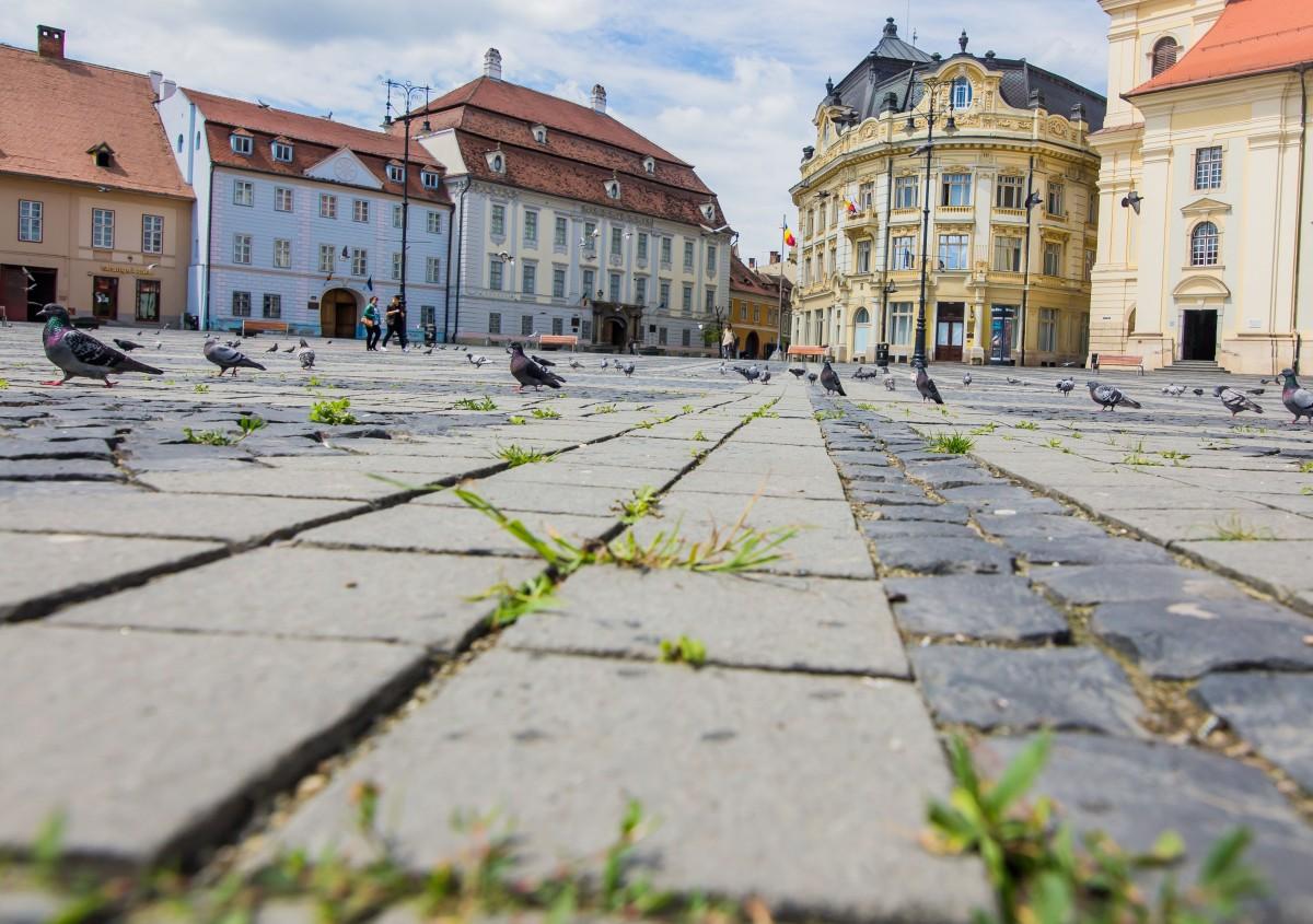 Restricții impuse în 15 localități din județ. În municipiul Sibiu restaurantele vor funcționa doar cu 30% din capacitate