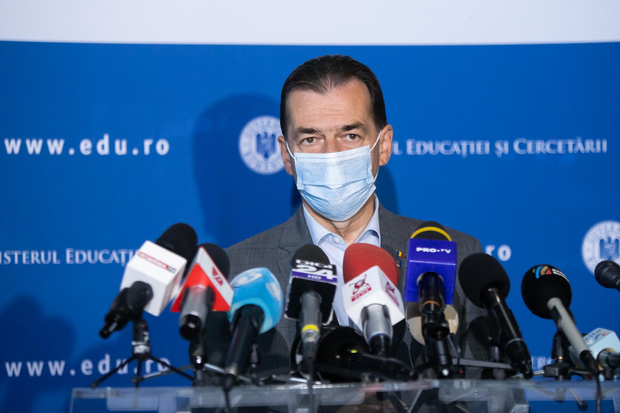 Orban: Masca va deveni obligatorie în toate spaţiile deschise din Bucureşti. Cursurile şcolare vor fi ținute online