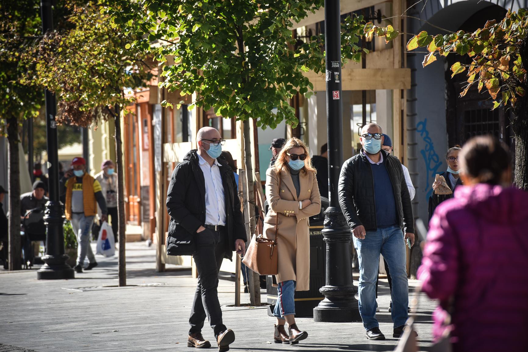 82 amenzi pentru cei prinși fără mască de protecție, la mijlocul săptămânii