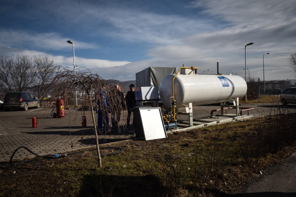 Primăria construiește o stație de combustibili. Oferă 3,1 milioane de lei