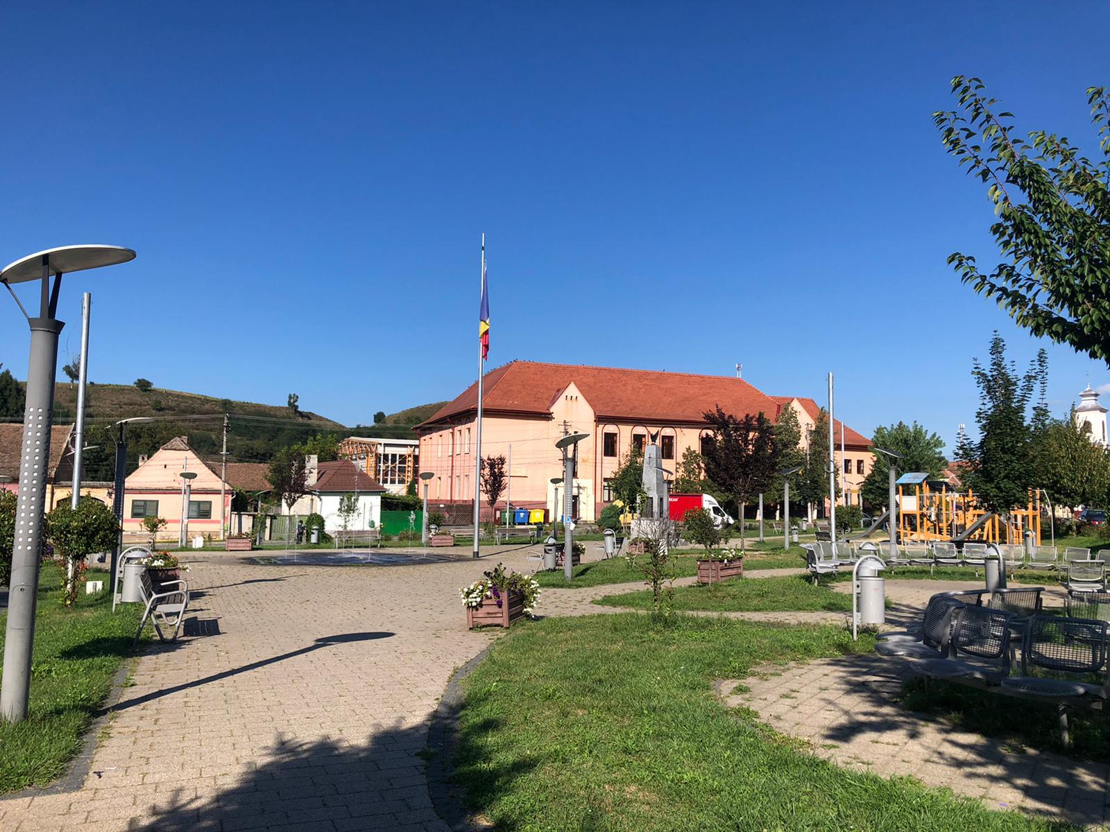 """Ocna Sibiului și alte opt localități intră în """"scenariul roșu"""": măști obligatorii peste tot, restaurante și baruri închise"""