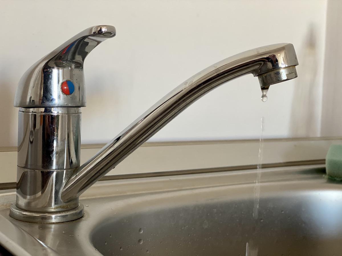 Atenție la pierderile de apă de pe rețelele interioare!