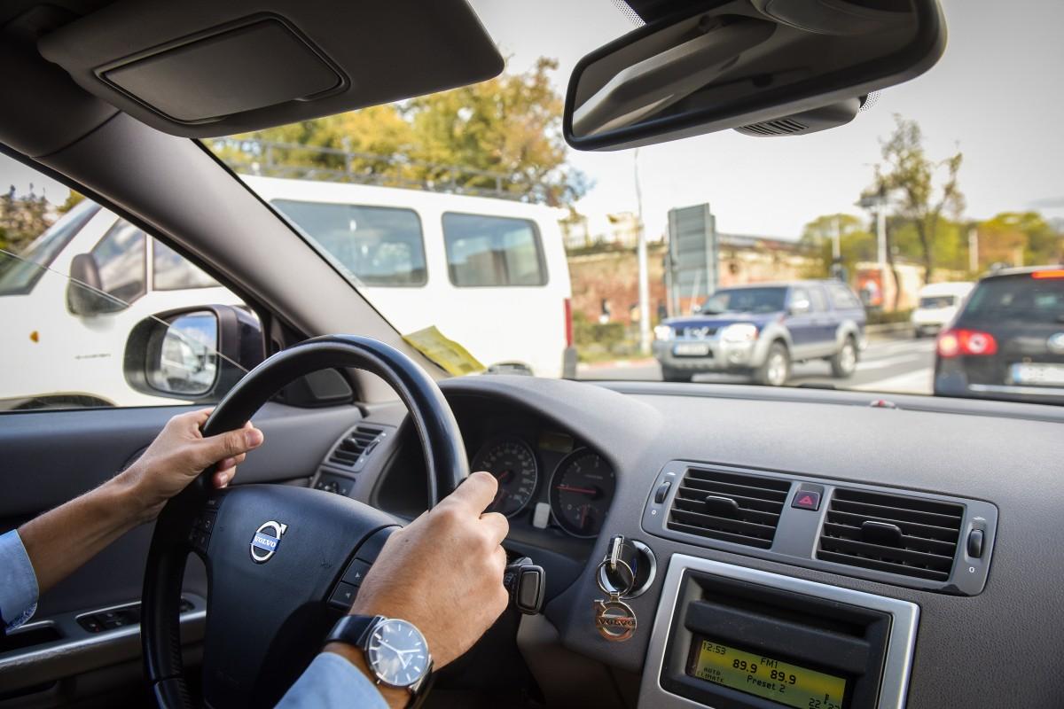 Înmatriculările de autoturisme noi în România, în scădere cu 31,8% în primele nouă luni