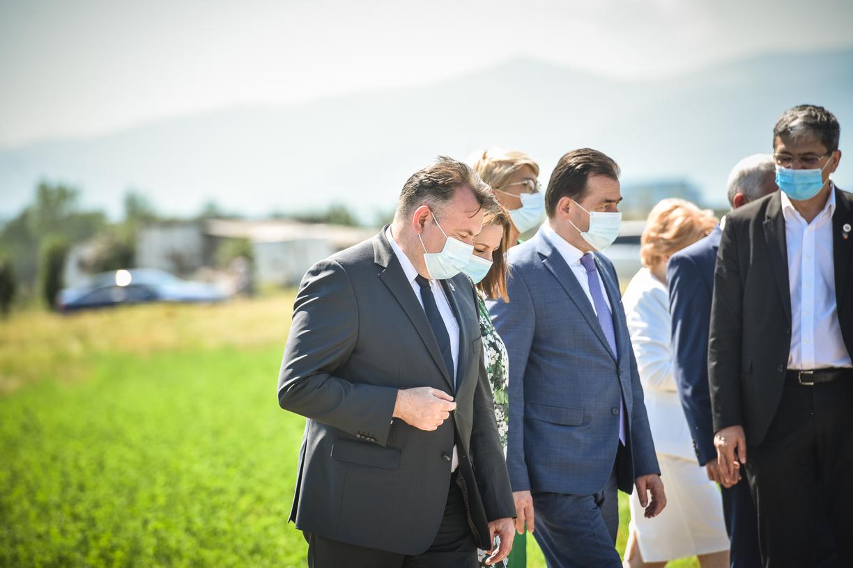 Orban nu are Covid. Și rezultatul testului făcut de Nelu Tătaru este negativ