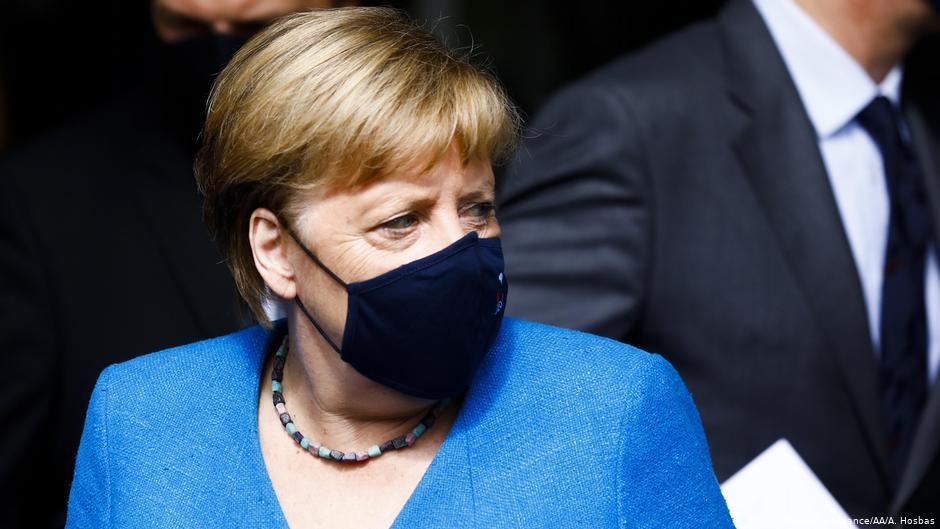 Germania: Angela Merkel avertizează că sistemul sanitar se apropie de limitele sale