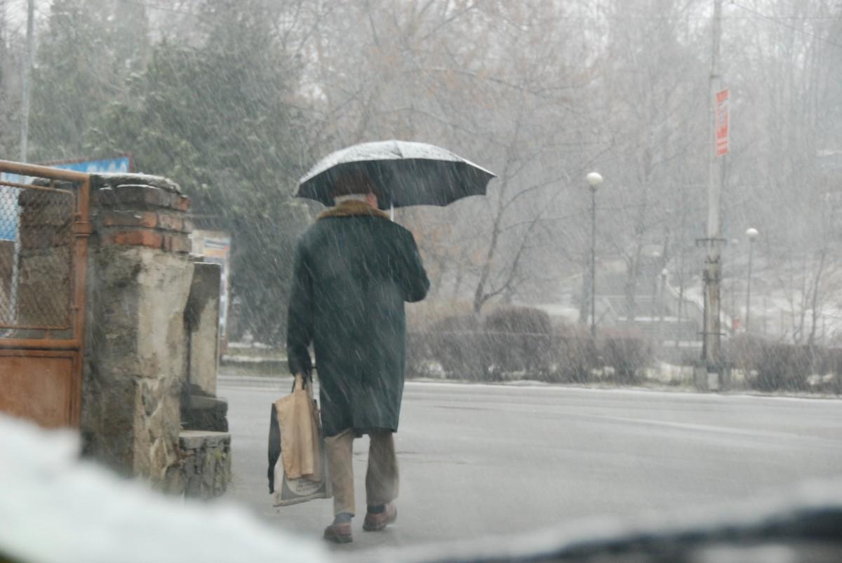 Meteorologii anunță cod galben de ninsori în județul Sibiu