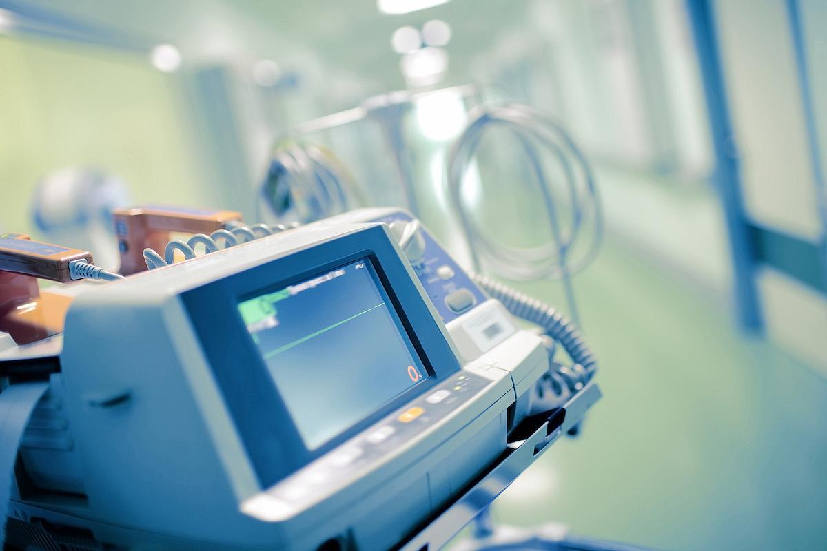 Opt pacienți COVID au decedat în ultimele 24 de ore, la Sibiu