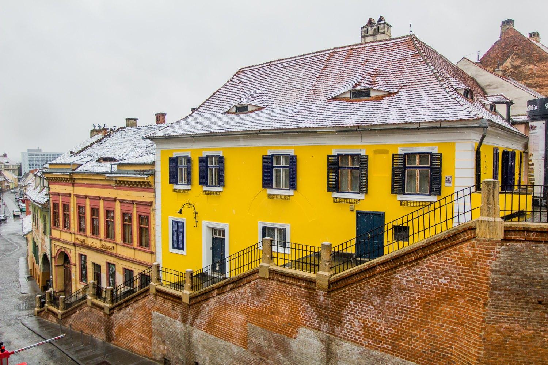 Municipiul Sibiu scade sub 13, rată de infectare. A doua săptămână de carantină