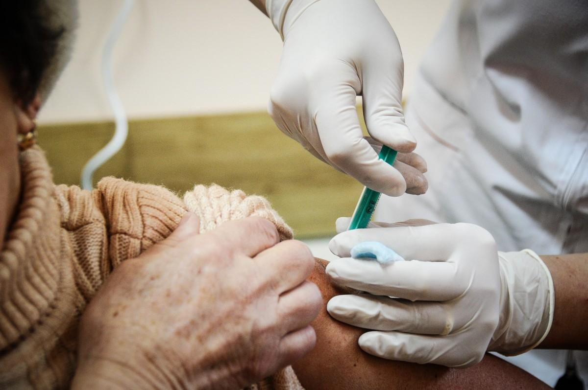 DSP Sibiu: încă 4.150 doze de vaccin antigripal. Sibiul a primit până acum 19.050  de doze