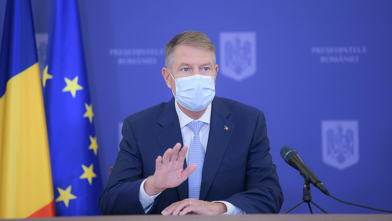 Iohannis spune că s-ar vaccina public anti-covid, dacă asta le-ar da încredere celor sceptici