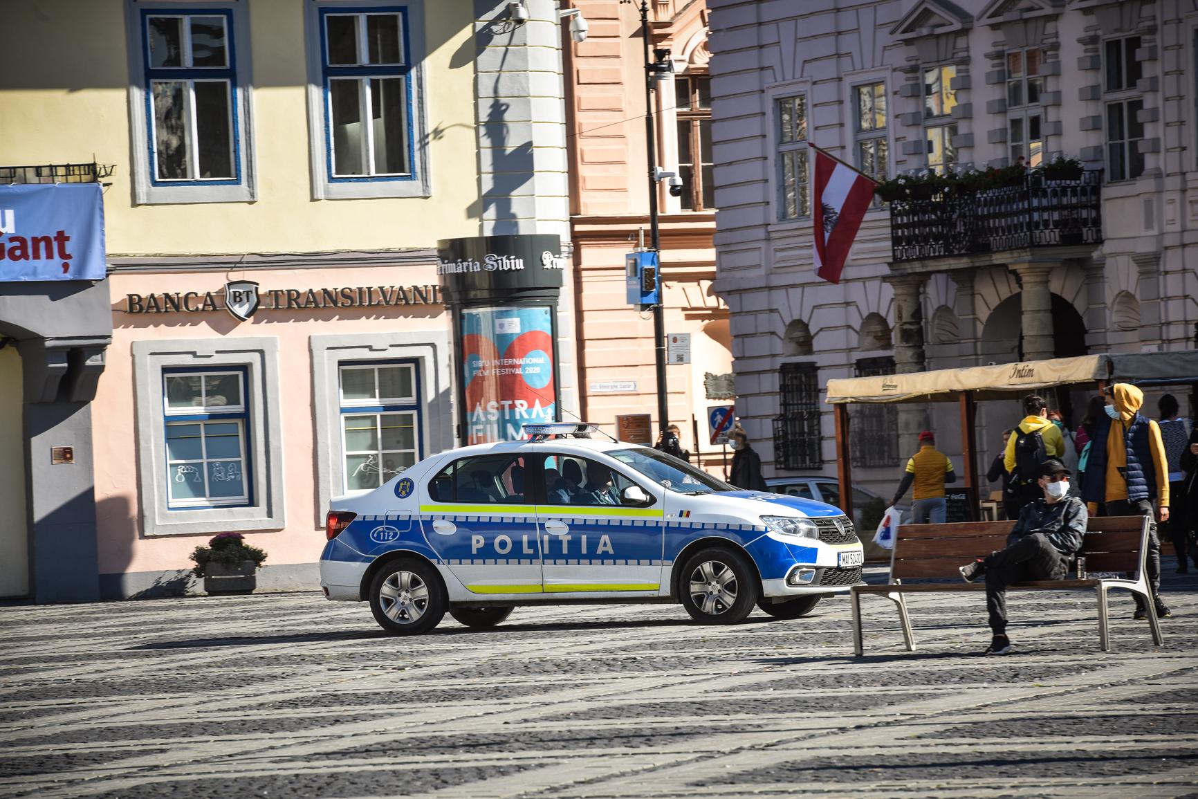 Poliția continuă controalele - peste 100 de persoane amendate pentru lipsa măștii, alte 23 pentru deplasări ilegale