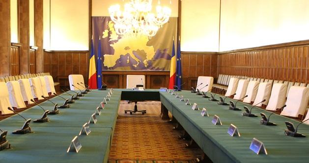"""""""Discuțiile pentru formarea coaliției de guvernare au început"""". Iohannis a participat la întâlnirea dintre Barna, Orban și Hunor"""