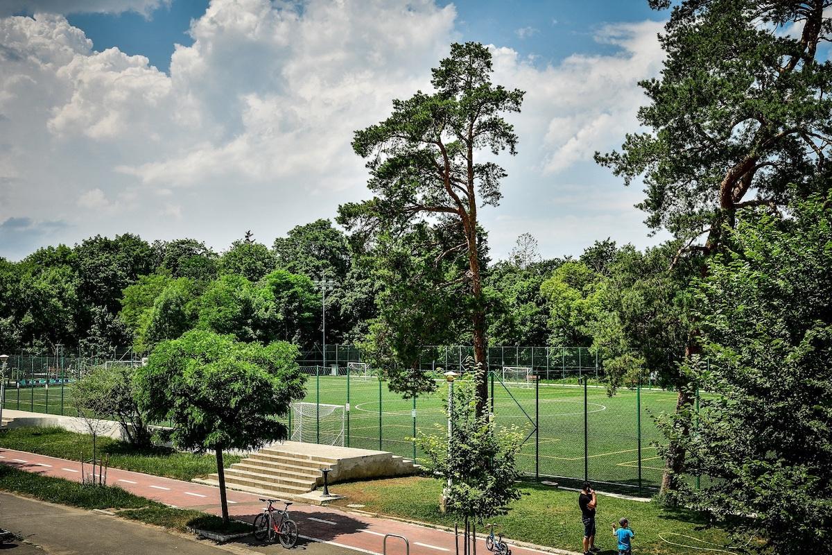 Primăria Sibiu: Tarife reduse și în 2021 pentru închirierea terenului secundar al Stadionului