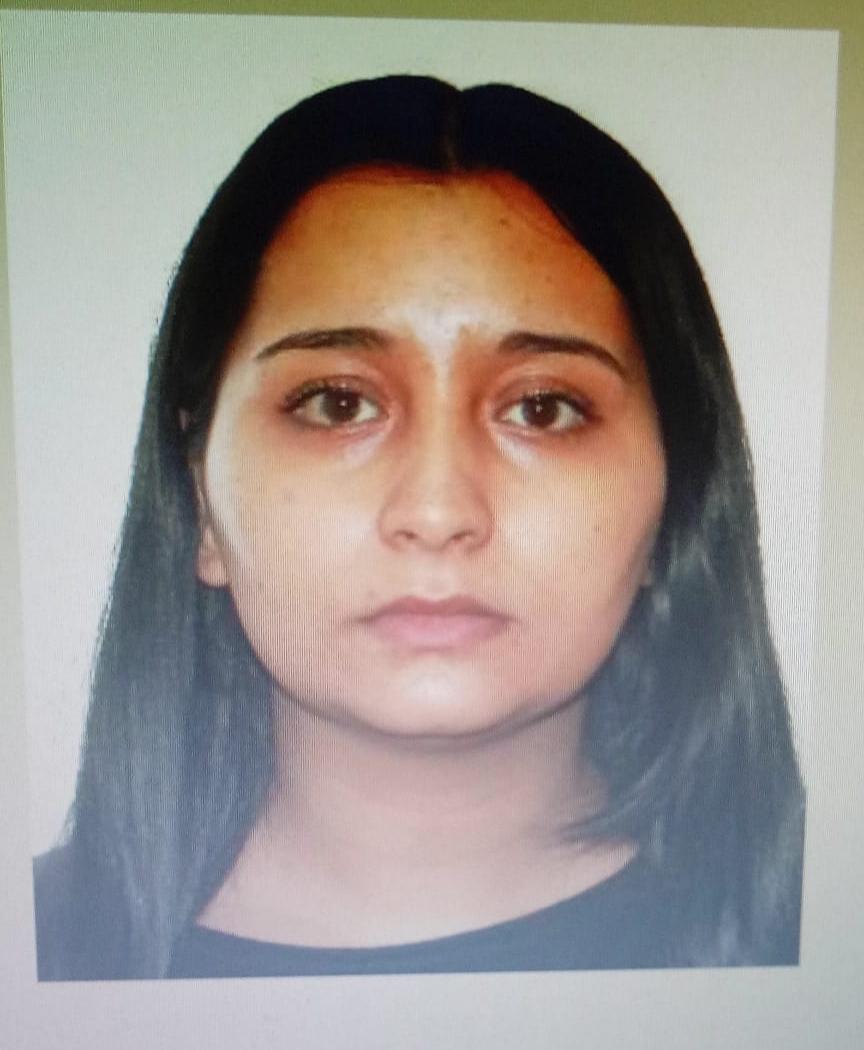 Tânără de 25 de ani căutată de poliție. Concubinul a dat-o dispărută