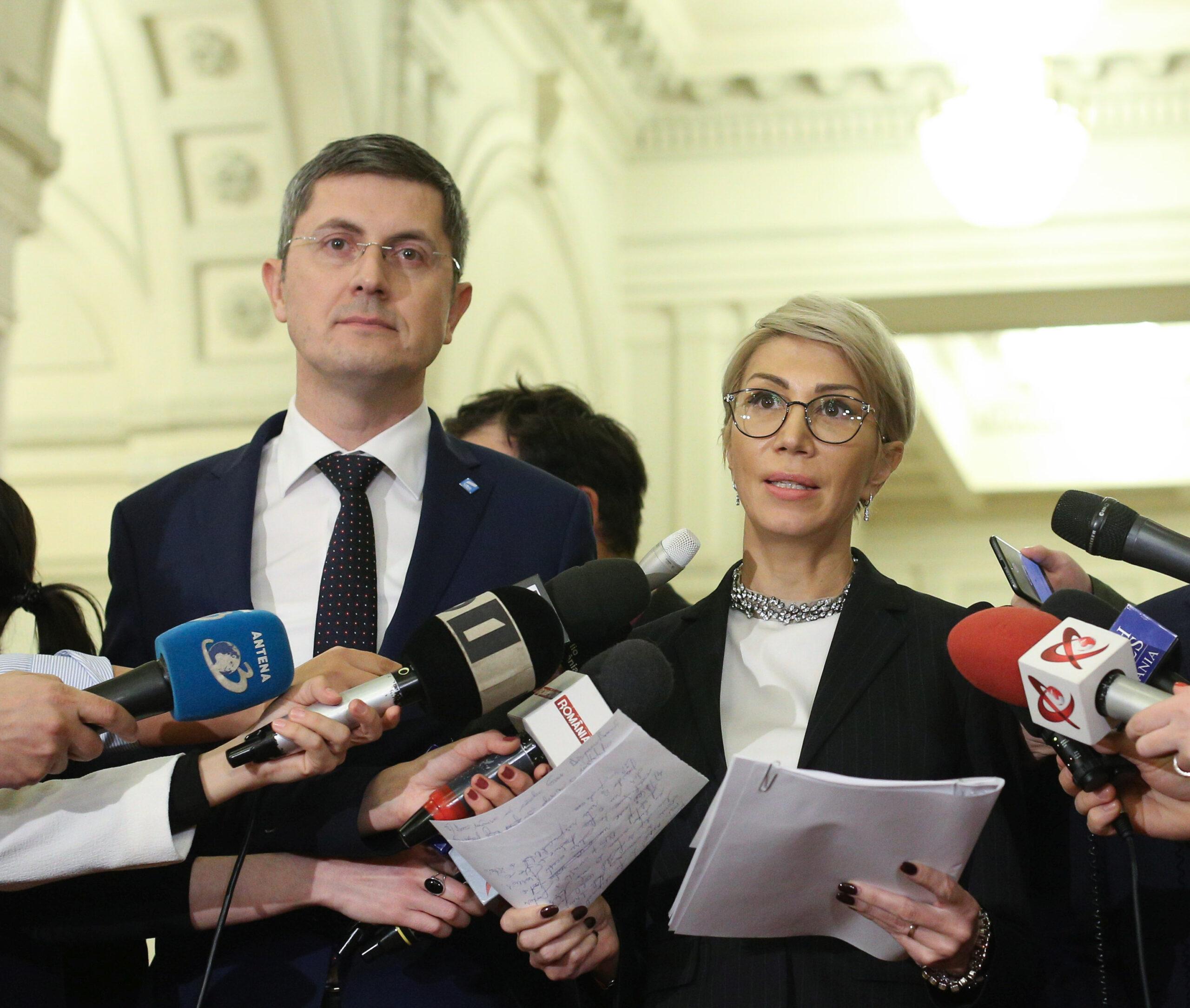 S-a decis componența Guvernului Cîțu. Dan Barna și Raluca Turcan apar pe listă