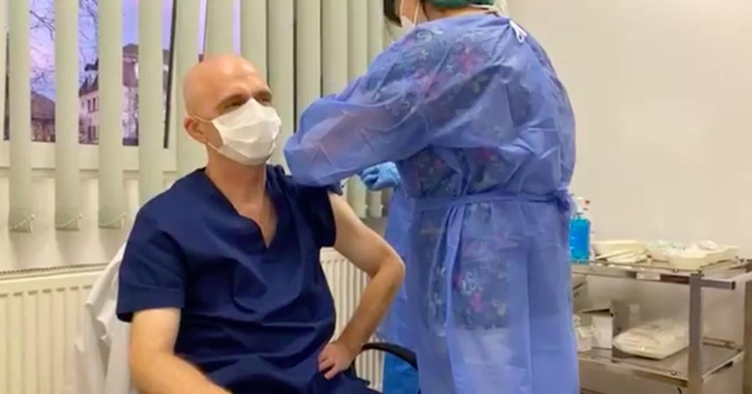 FOTO-VIDEO A început campania de vaccinare împotriva Covid 19 la Sibiu