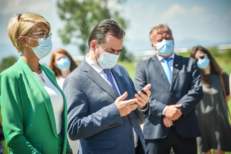 Premierul Orban și-a dat demisia. Nicolae Ciucă, prim-ministru interimar