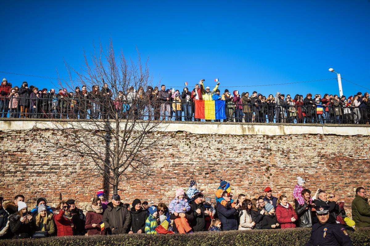 GALERIE FOTO Parada militară și Hora Unirii, la Sibiu
