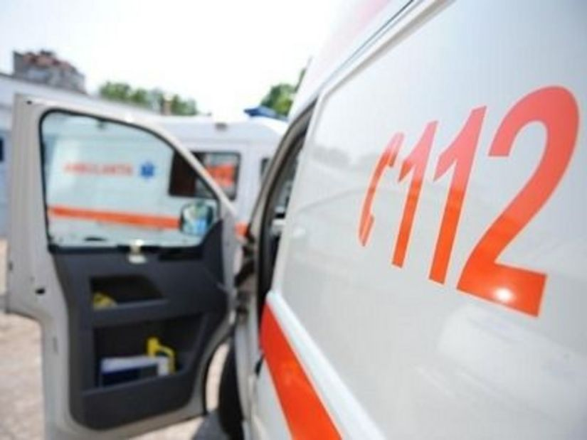 Un bărbat a ajuns la spital în urma unui accident rutier produs la intersecția străzilor V. Aaron cu Milea