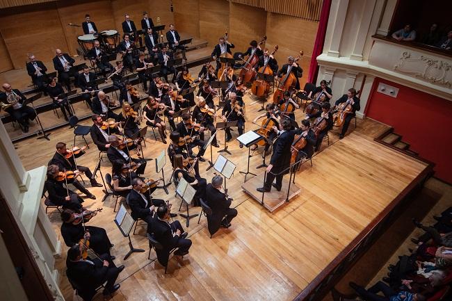 Filarmonica de Stat Sibiu propune un concert inedit de Crăciun la Mediaș