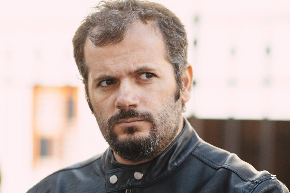 Poetul Radu Vancu este noul președinte al clubului de scriitori PEN România
