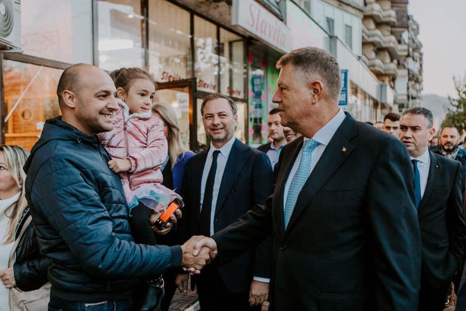 """Klaus Iohannis: """"România Normală nu se poate realiza cu PSD în curte"""""""