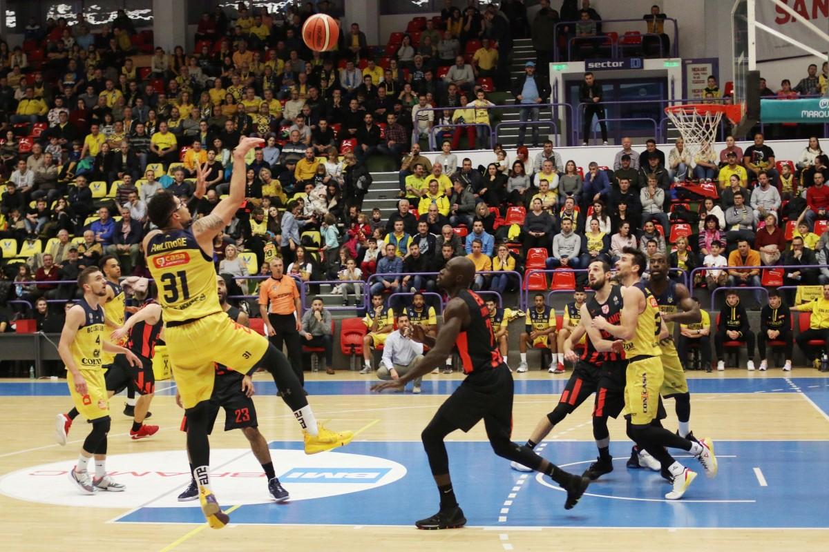 FOTO - Sibiul a învins Dinamo și la baschet