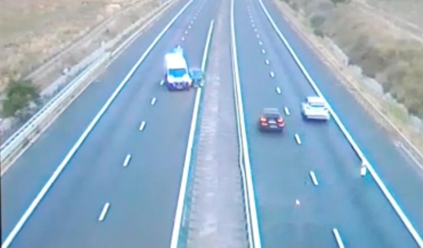 VIDEO-Accident pe autostradă, la Săliște, suprins de camerele video