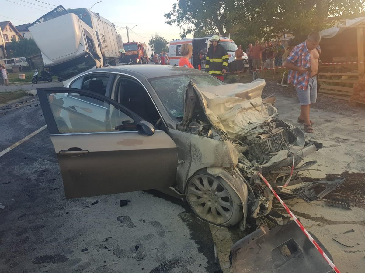 """78 de noi cruci pe marginea drumurilor sibiene. Ivancea, șeful Poliției: """"se moare pe străzi ca în război"""""""