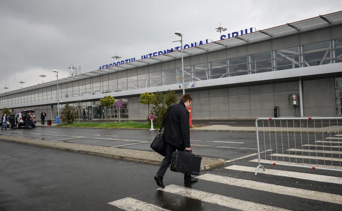 Șefii Aeroportului din Sibiu, asigurați în cazul în care aduc pagube propriei companii sau statuluide până la 2 milioane de euro