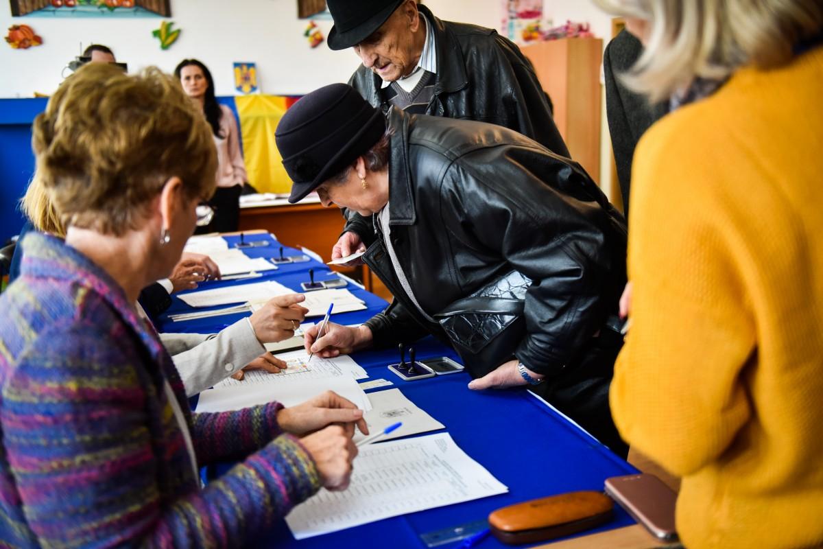 Analiza votului în județ. În afară de Sibiu și Cisnădie, Dăncilă i-a luat fața lui Barna peste tot în mediul urban