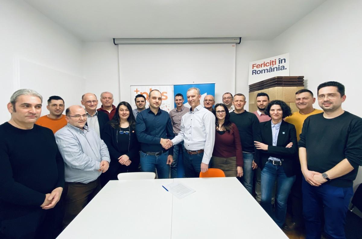 Alianța USR PLUS a semnat la Sibiu primul protocol de alianță politică locală