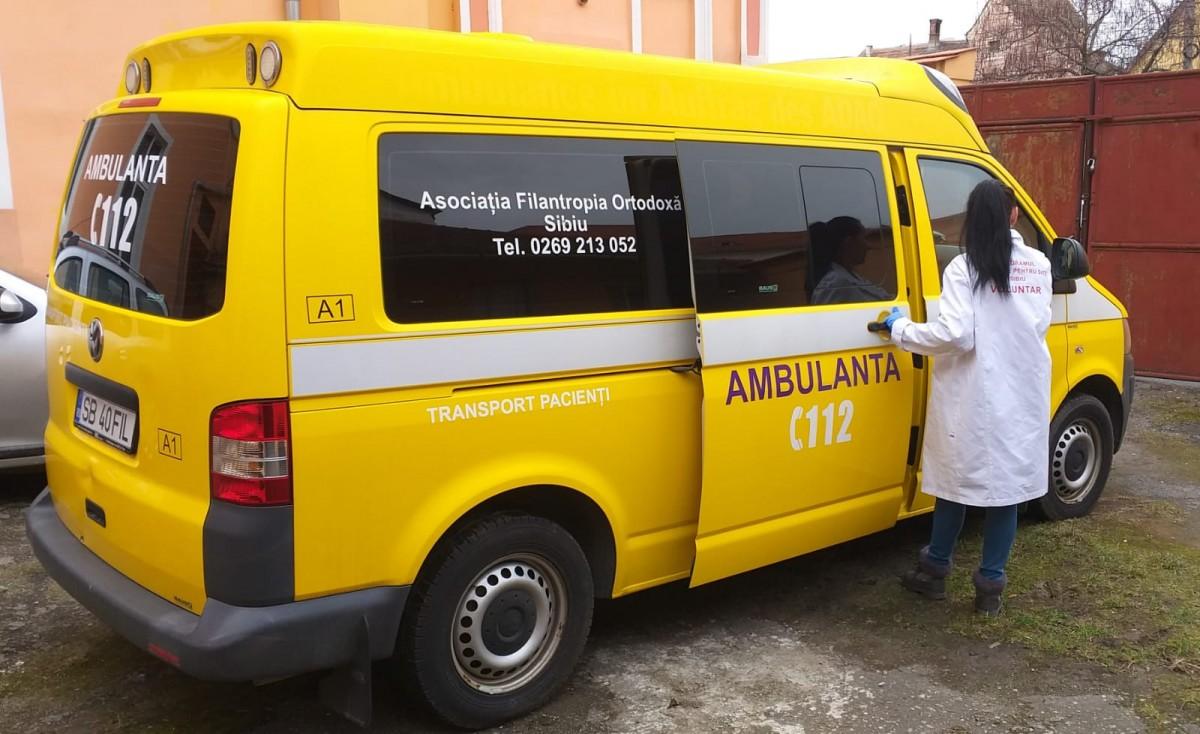 Ambulanță și cabinet stomatologic - servicii noi oferite de Arhiepiscopia Sibiului. Cine poate beneficia de acestea