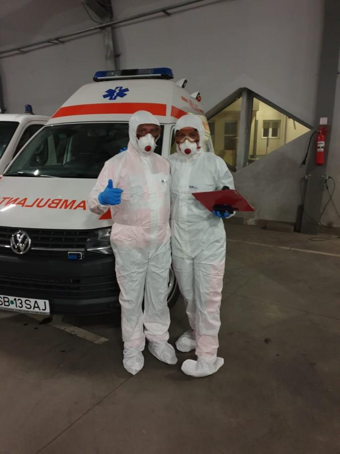 """Ambulanța Sibiu a primit ajutor de la comunitate. """"Facem eforturi să asigurăm toate materialele sanitare necesare"""""""