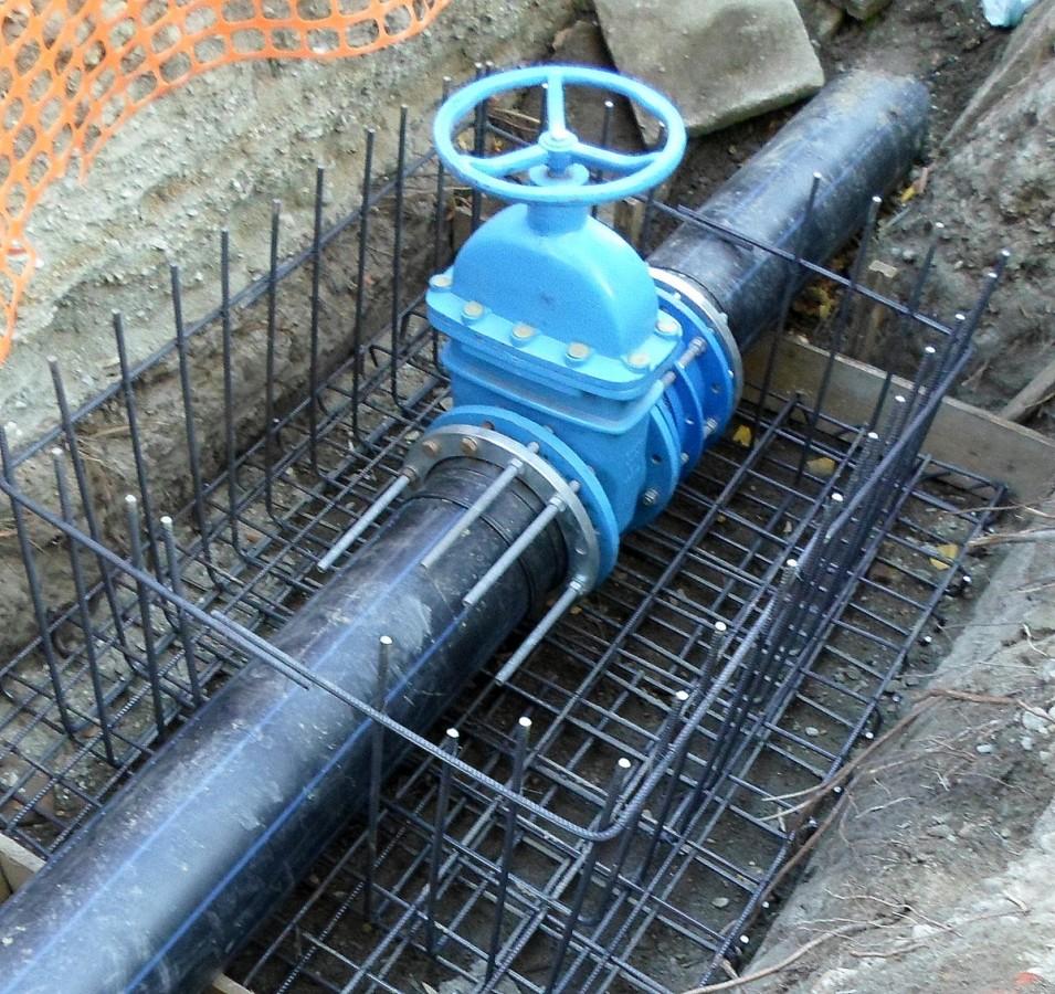 Lucrări de cuplare a noii rețele de apă de pe strada Neppendorf