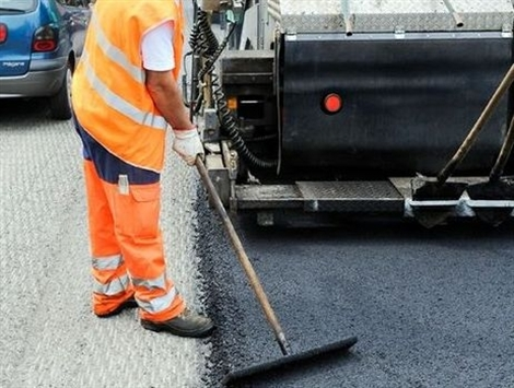 Când ieșim din izolare o sa avem asfalt perfect? Drumurile naționale și autostrada intră în reparații