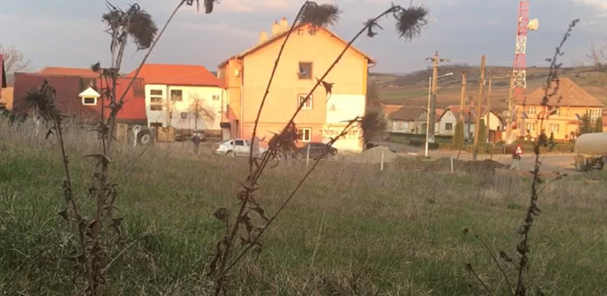 Vecinii asistentei de la ATI Sibiu au chemat poliția în seara conflictului