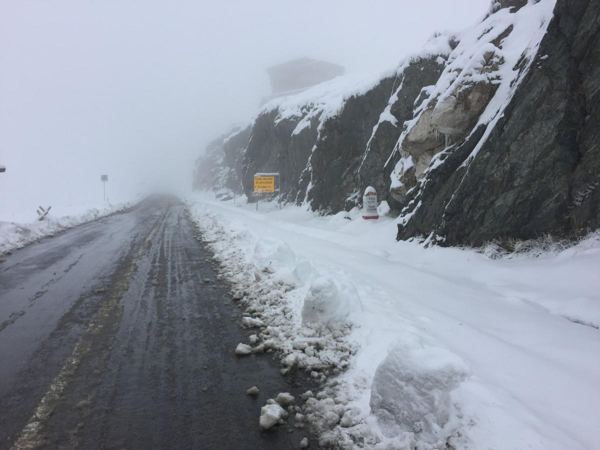 Stratul de zăpadă la Bâlea Lac a depășit 20 de centimetri