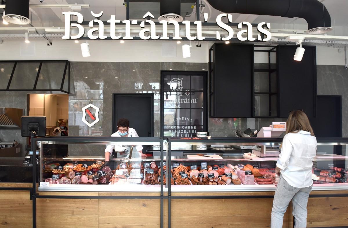 Bâtrânu` Sas a deschis un nou magazin în Sibiu: pe bulevardul Mihai Viteazul